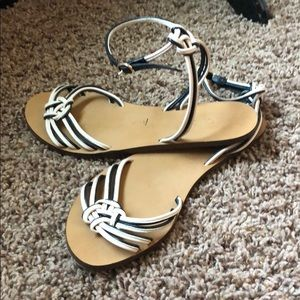 Like new JCrew cute wrap around ankles sandals